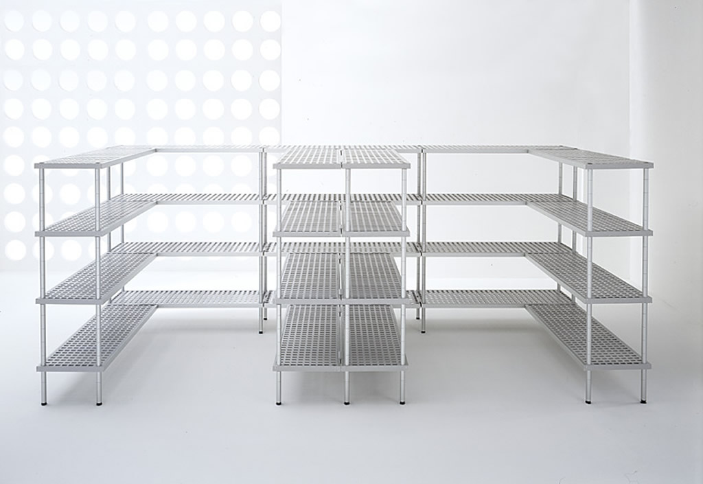 AluPlast shelving unit